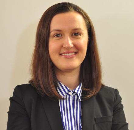 Dr Adriana Duta